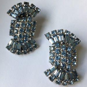 Sandor vintage blue crystal earring clip